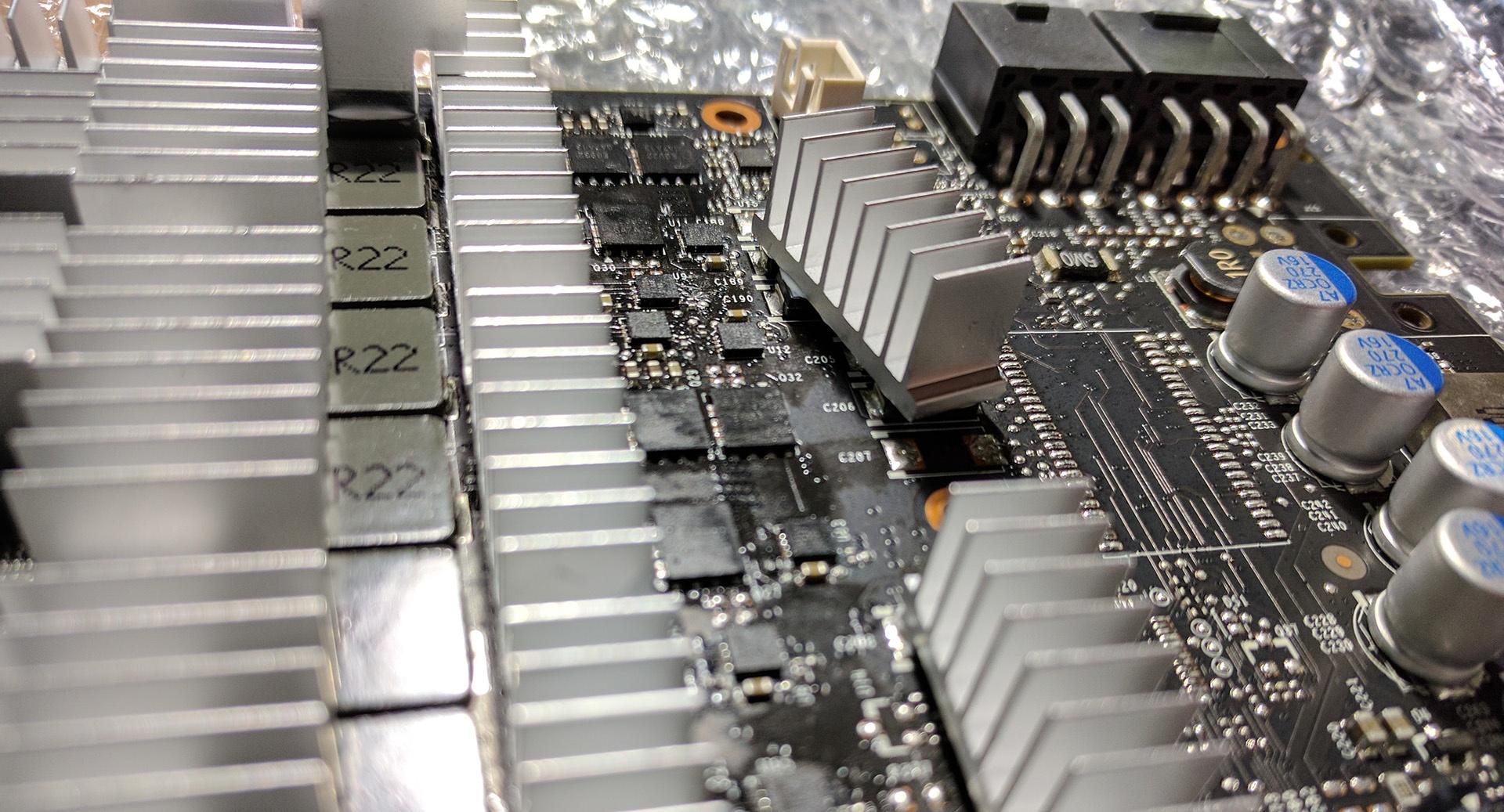 Geforce GTX 1080 Ti Founders Edition mit Arctic Accelero